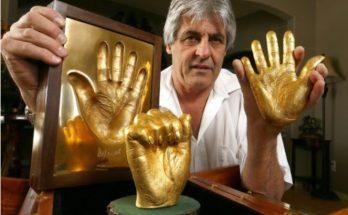 Madibas-hands