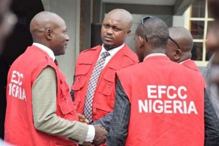 EFCC arrests two Chinese for offering N100 million bribe