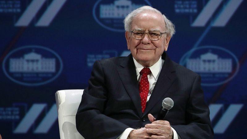 Warren Buffet's Berkshire Hathaway makes higher profit