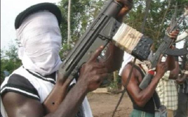 Gunmen kill four Police officers, raze three stations in Abia