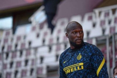 Chelsea owner asks management team to go after Romelu Lukaku